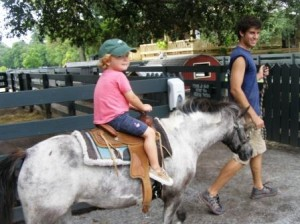 pony-rides-at-lawton-stables