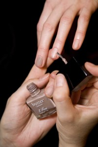 butter LONDON's Yummy Mummy color