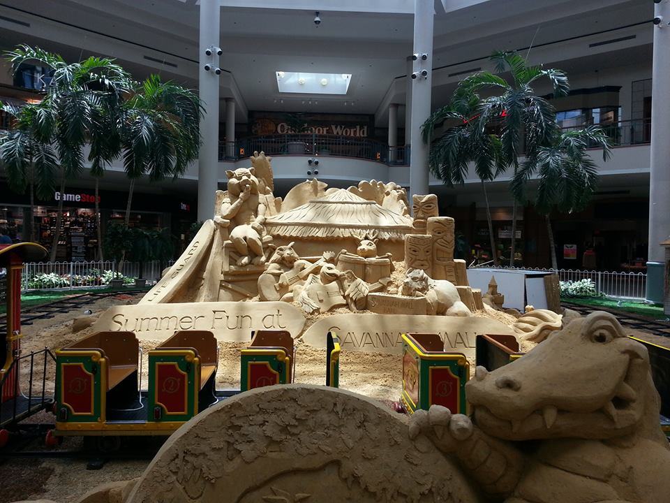 Savannah Mall summer sand sculpture and train rides