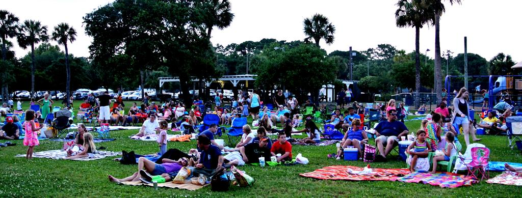 free summer movies in the park Tybee Island 2015