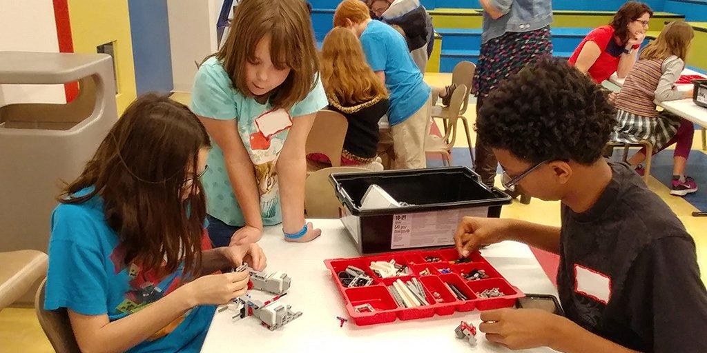 Robot Dance Academy Live Oak Public Libraries Garden City 2017