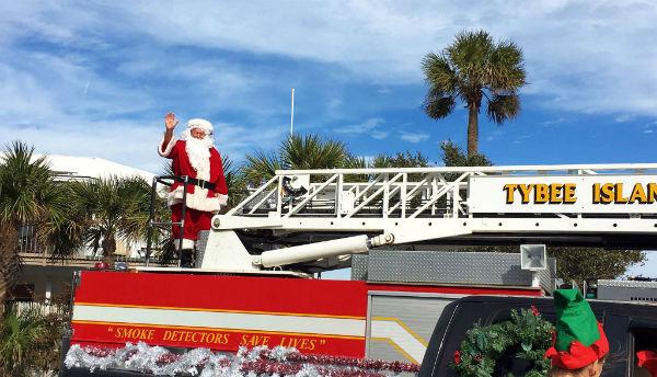 Tybee Christmas tree lighting parade bike parade 2017 holidays Savannah
