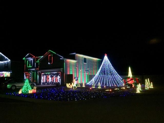Holiday home Christmas lights Savannah Guyton