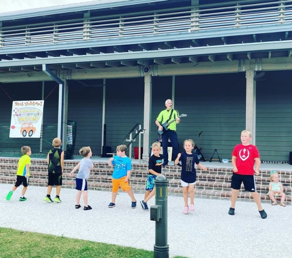Sandbox Children's Museum free outdoor kazoo concerts Hilton Head Island summer 2021